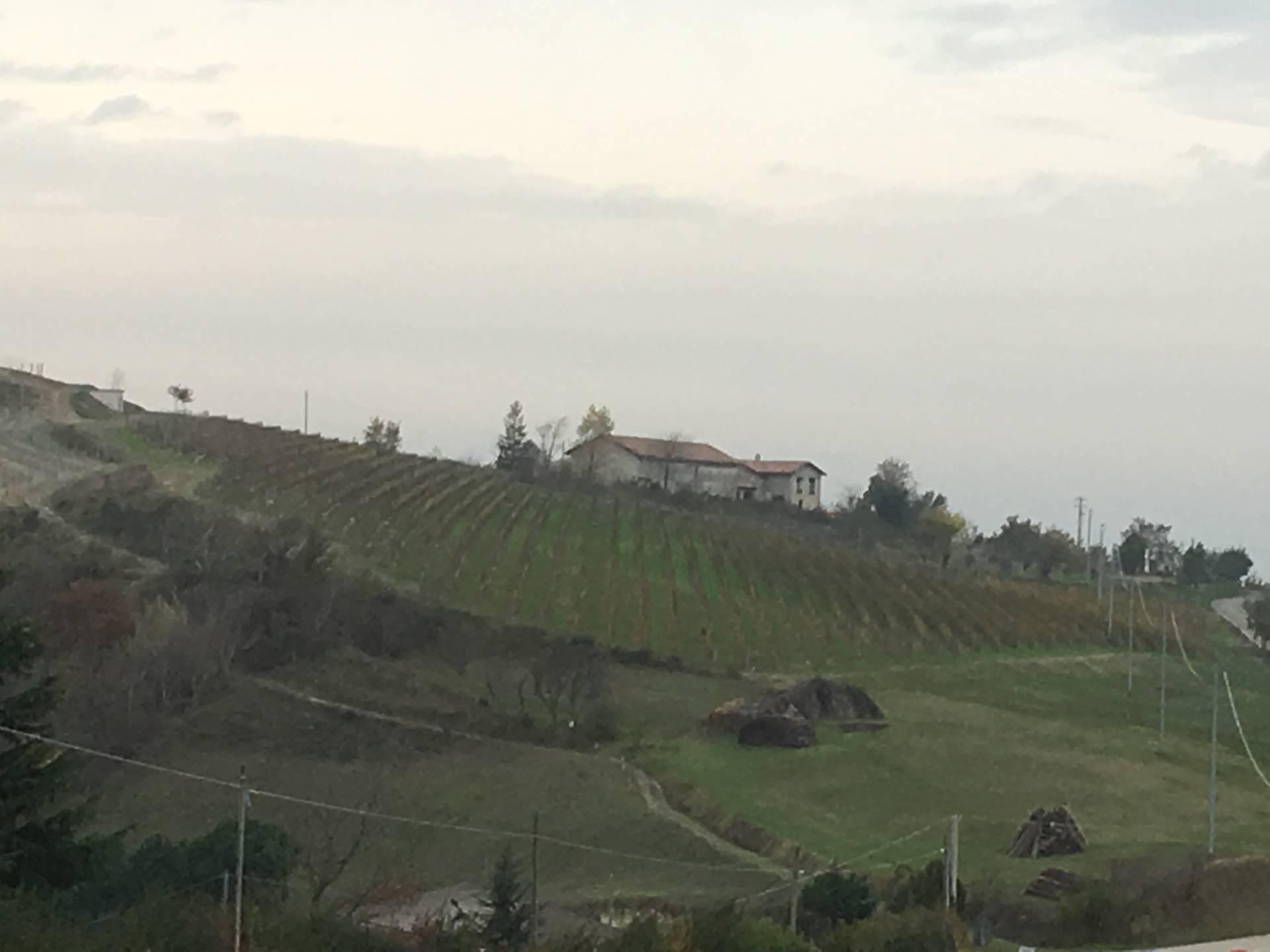 Canelli, Strada per Cassinasco