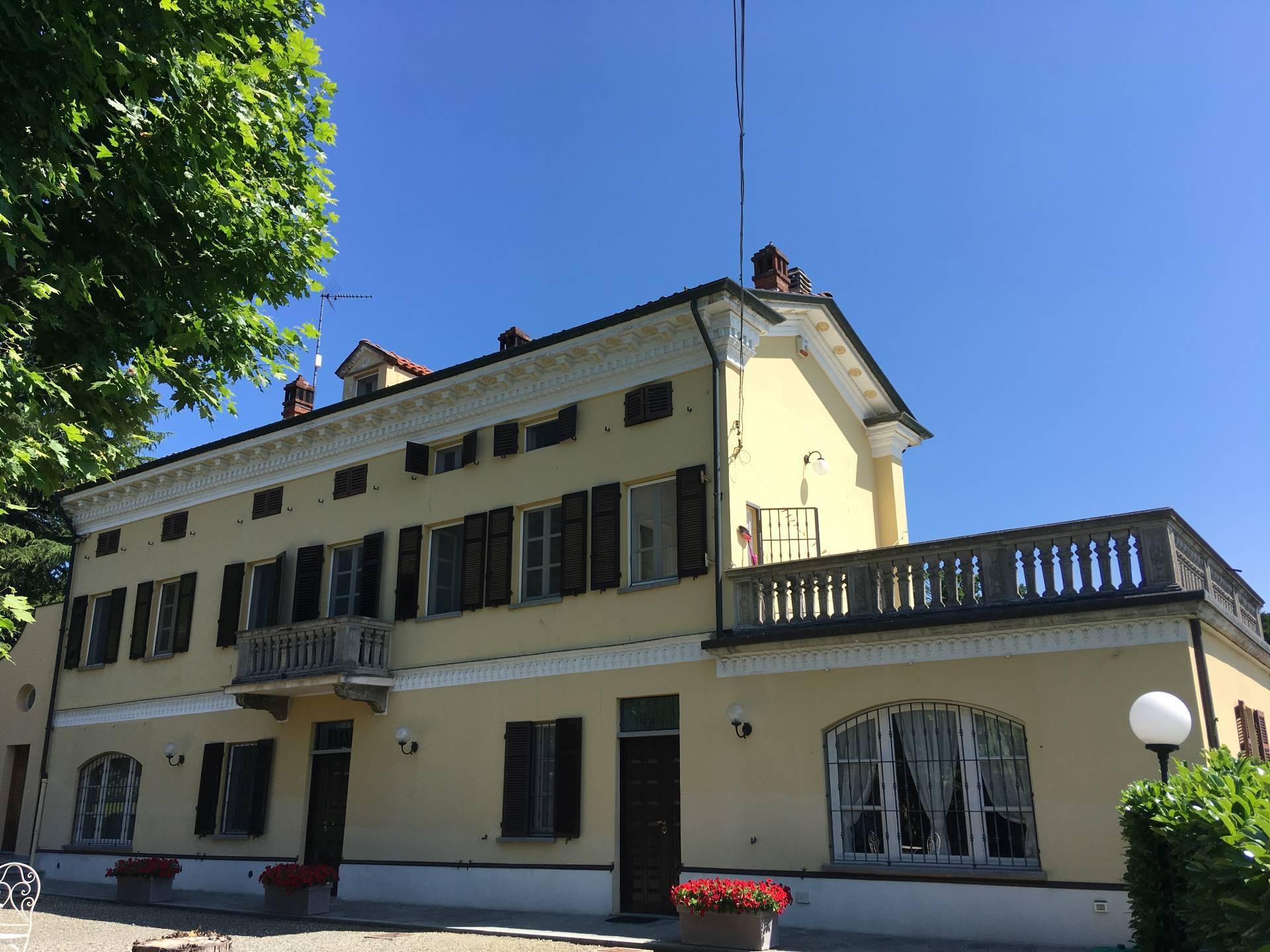 Pietra Marazzi, Strada per Pavone